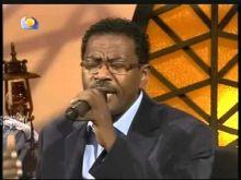بالفيديو: مصطفي السني يغني للفنان ابراهيم عوض (حرمت الحب والريدة)