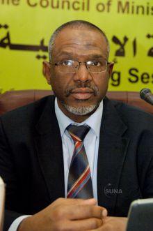 معتز موسى : تجميد دولة مصر نشاطها في مبادرة حول النيل لن يحل مشكلة حوض النيل