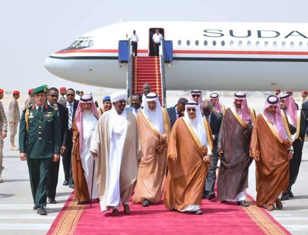 البشير يصل السعودية