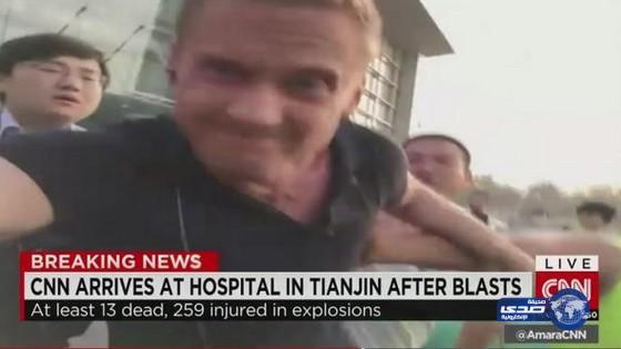طرد مراسل CNN