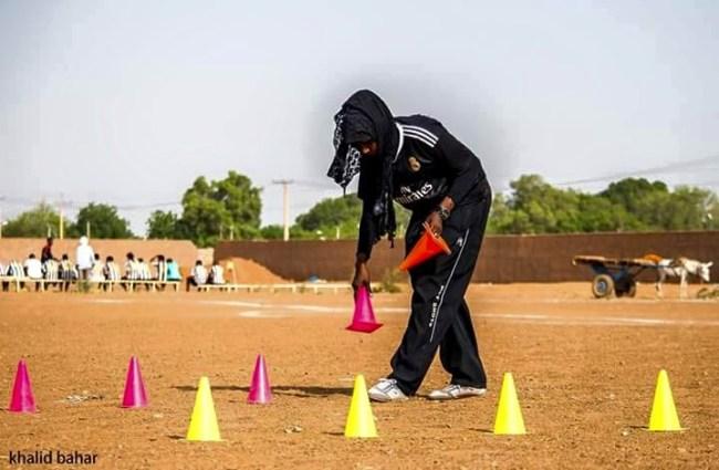 صور سيدة سودانية تدرب فريق كرة قدم رجالي بامدرمان تشعل فيسبوك %D8%B3%D9%84%D9%85%D9%89-%D8%A7%D9%84%D9%85%D8%A7%D8%AC%D8%AF%D9%8A9