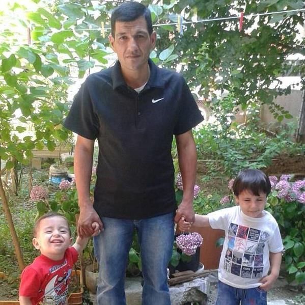 من هو الطفل السوري الغريق الذي هزّ العالم؟ %D9%88%D8%A7%D9%84%D8%AF-%D8%A7%D9%84%D8%B7%D9%81%D9%84-%D8%A7%D9%84%D8%B3%D9%88%D8%B1%D9%8A-%D8%A5%D9%8A%D9%84%D8%A7%D9%86