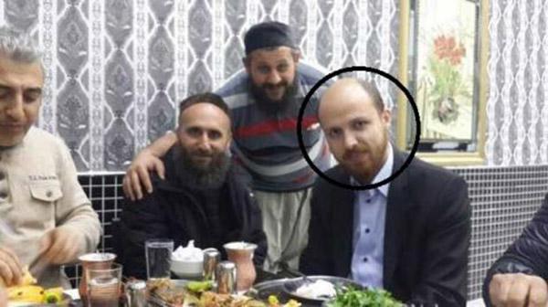 نجل أردوغان بصحبة قيادات داعش