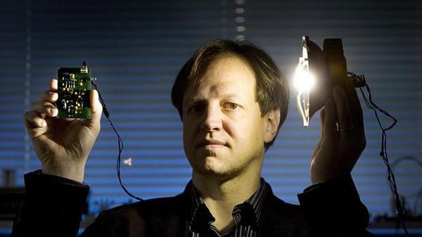 استعدوا لـ Li-Fi .. تقنية أسرع من Wi-Fi بـ 100 مرة