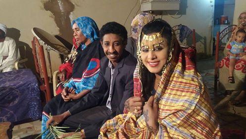 الممثلة السودانية مشاعر سيف الدين عروساً بعمارة الطيب