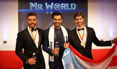 هندي يفوز بلقب أول ملك جمال العالم1
