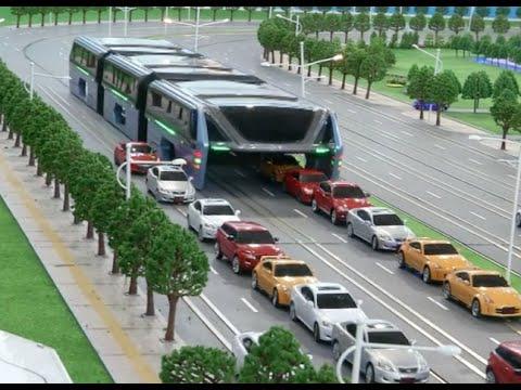 حافلة صينية مستقبلية تسير فوق السيارات