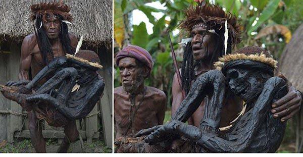 قبيلة إندونيسيّة تكرّم أجدادها عبر تحنيطهم بالدخان