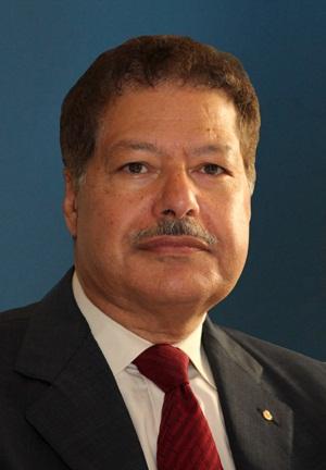العالم المصري احمد زويل