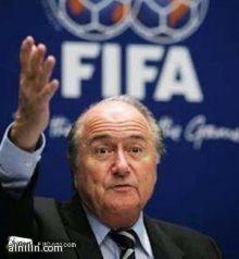 بلاتر: كأس العالم في قطر يجب أن تقام في الشتاء