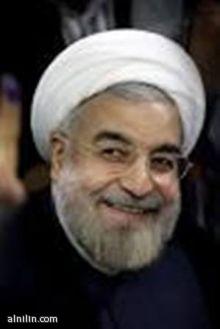 """روحاني يتولى رئاسة إيران وسط تعهدات بعلاقات خارجية """"بناءة"""