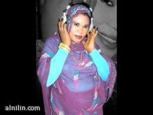 انصاف مدني مغنية فحسب تنشط في بيوت الافراح وتعليم العرائس الرقص و(اللول لول )
