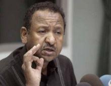 مصطفى عثمان : الشعب السوداني تعود على الرخاء ويصعب عليه الفطام منه