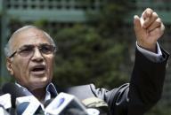 تبرئة أحمد شفيق وابني مبارك من تهمة الاستيلاء على أرض