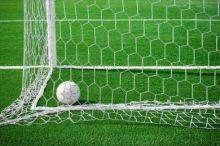 فضيحة إيطالية : فريق يسجل 8 أهداف بمرماه في 10 دقائق