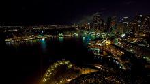 الظلام يغمر 150 دولة و7 آلاف مدينة حول العالم السبت