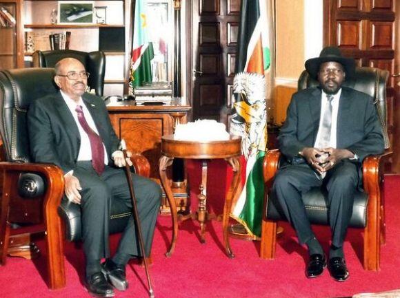الرئيسان عمر البشير و سلفا كير يعقدان قمة طارئة مناقشة الوضع في جنوب السودان 6 يناير 2014