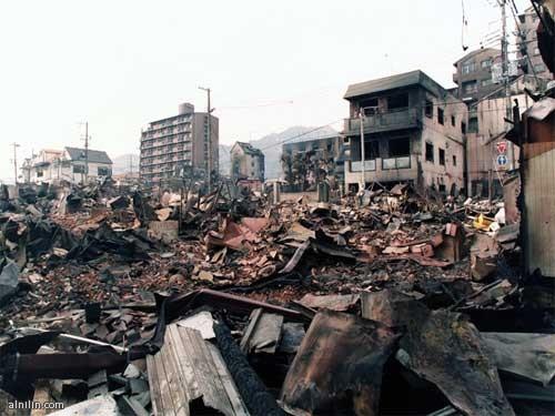 زلزال اليابان - مارس 2011 - دمار شامل لكثير من المنشآت والمباني