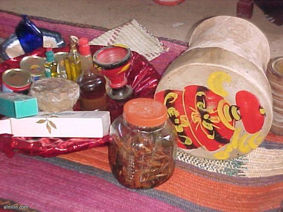 بخور وعطور تراثية سودانية