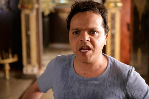 تغريم محمد هنيدي 5000 جنيه لسبه ناقدة في حوار صحفي