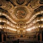 Opernhaus-innen