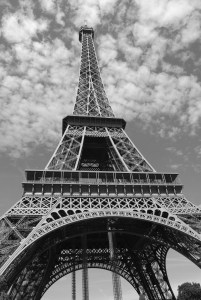 eiffel-tower-274200_1920
