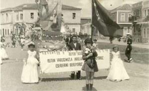 """Atatürk'ün kurtardığı kadınlar: """"İnkilaplarını koruyoruz. Eserlerini bekliyoruz."""""""