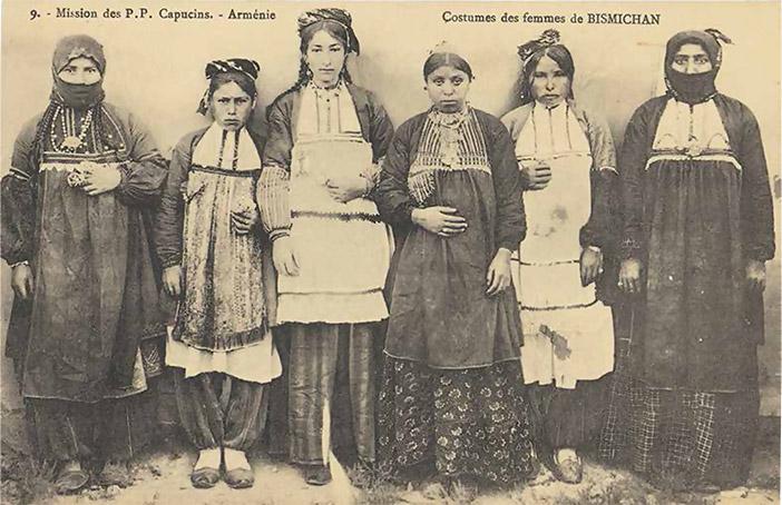 Harput'un Bismişan (bugün Elazığ'a bağlı Sarıçubuk) köyünden Ermeni kadınlar
