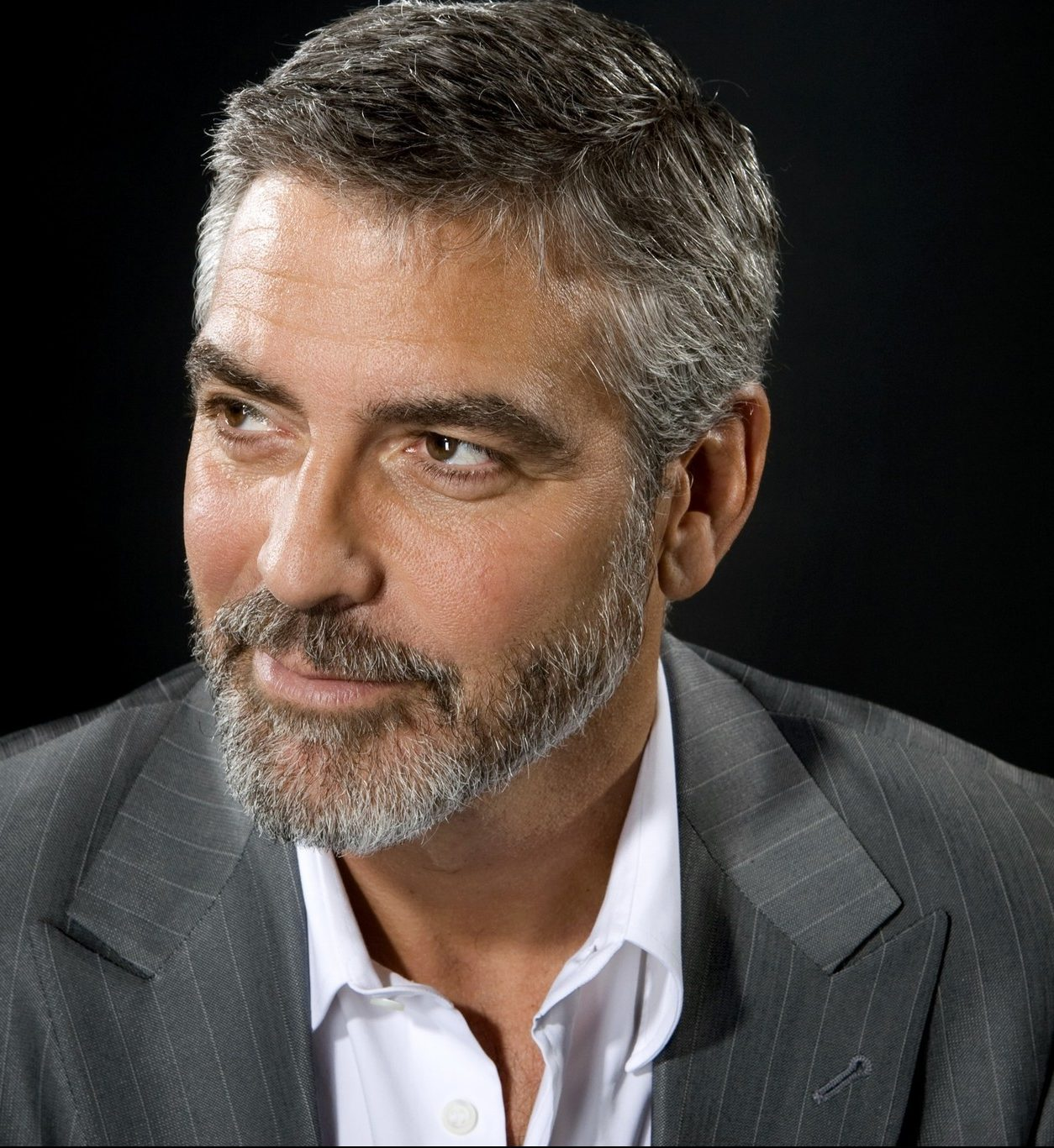 George Clooney Net Worth   How Rich is George Clooney    ALUX COM George Clooney Net Worth