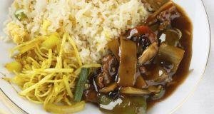 Oriental meal, freshly cooked