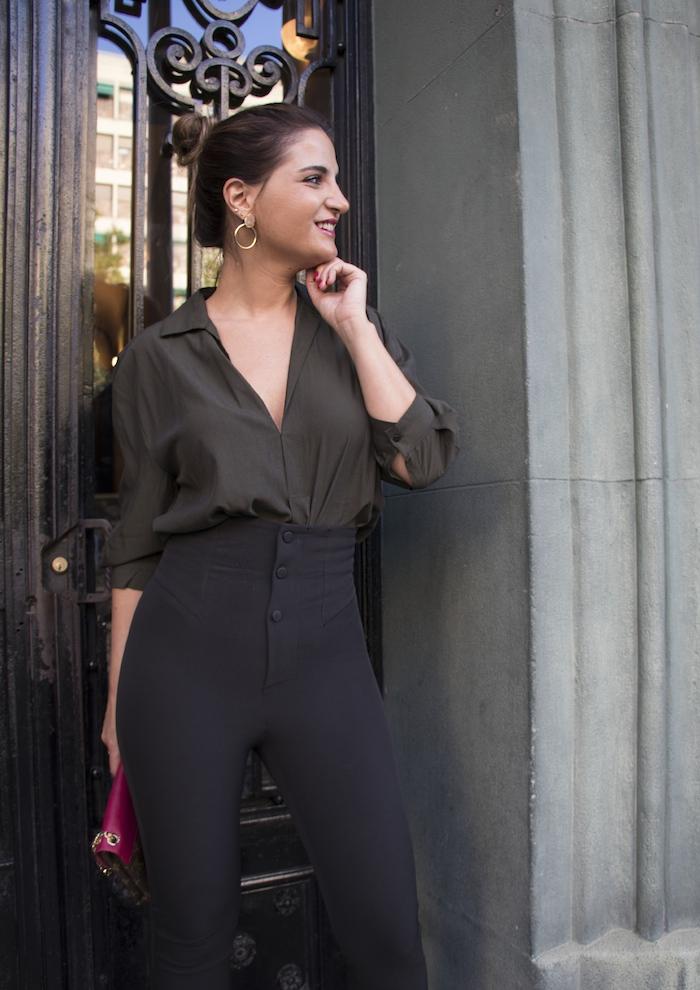 camisa verde pantalón negro louis vuitton bag amaras la moda paula fraile8