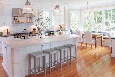 clear and natural white kitchen design