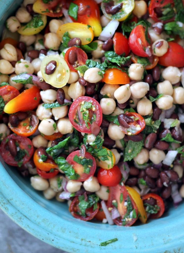 Paleo Middle Eastern Bean Salad