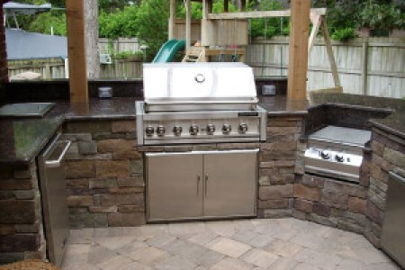 summer kitchen 1 300x225