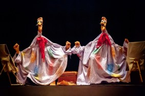 """""""Sonata for 4 Feet,"""" presented by Teatro dei Piedi, at the Chicago International Puppet Theater Festival."""