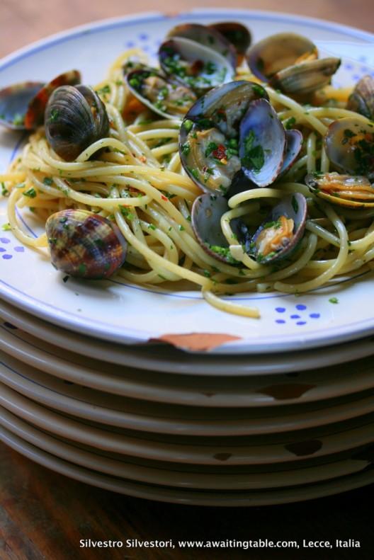 Receta de Spaghetti alle vongole in bianco