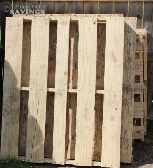 wood pallets for bar
