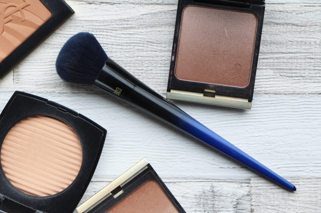 real techniques powderbleu b03 soft complexion brush review