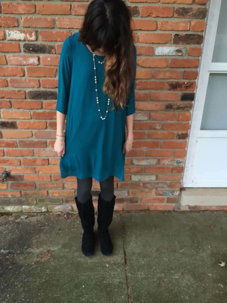 Yola Dress, Everly from my December Stitch Fix // www.amonkeyandhismama.com