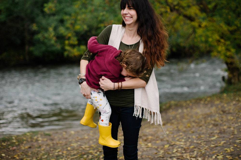 fall maternity style with JORD wood watches // a monkey and his mama