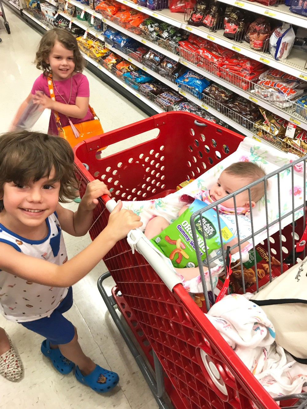 mom hack grocery shopping