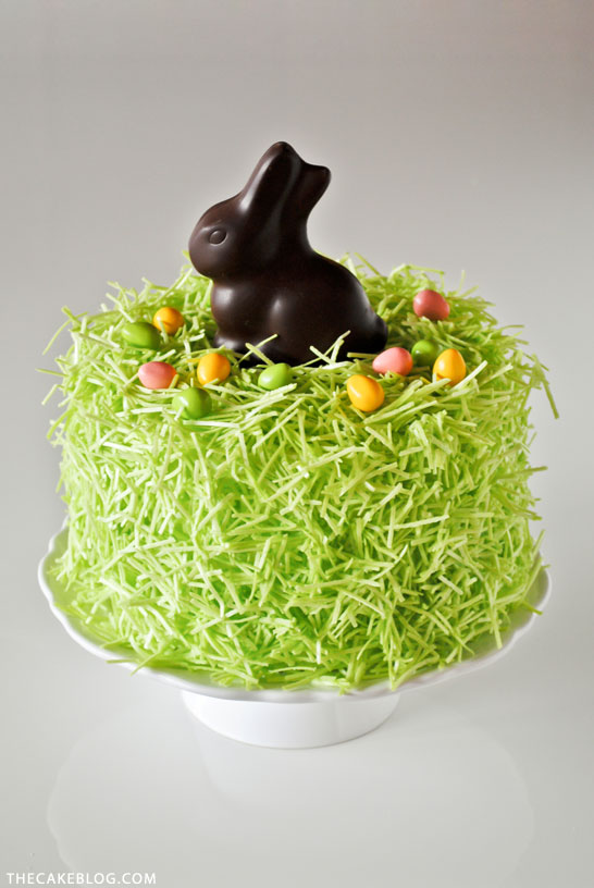 An Easter Bunny Cake To Delight Your Guests [Recipe]