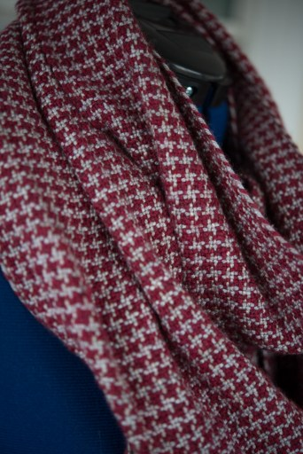 red-houndstooth-5