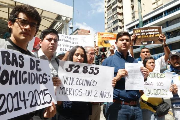Vecinos de la cota 905 exigen seguridad al ministerio de for Direccion de ministerio de interior y justicia