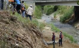 Encuentran cuerpo decapitado y sin manos cerca del Guaire