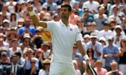 Djokovic vence cómodo en su debut en Wimbledon