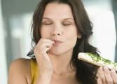 Comer menos previene el envejecimiento prematuro