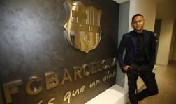 Neymar firma la renovación con el Barcelona hasta 2021