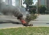 Estudiantes de la UCV Maracay salieron en defensa del hilo constitucional (Fotos)