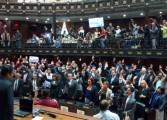 """AN aprobó acuerdo """"sobre persecución política"""" a opositores"""